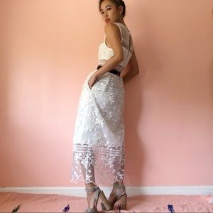 Self-Portrait Dresses - 🌬HP🌬 Self Portrait Lace Midi Dress